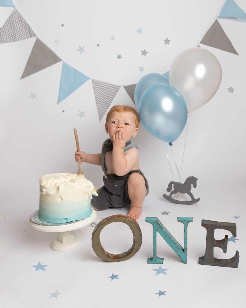 Cakesmash 1st birthday photoshoot near me in Glasgow