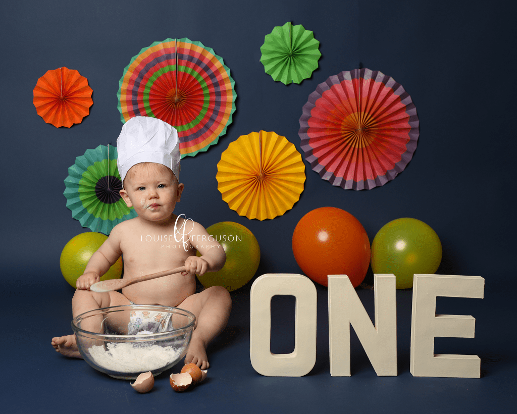 1st birthday cakesmash photoshoot by Haywards Heath Photographer