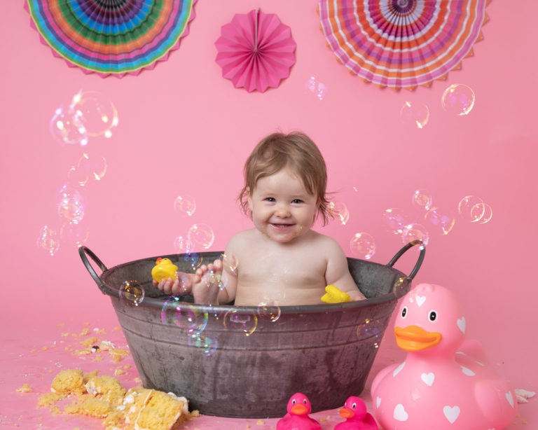 Pink cakesmash set up for baby photography
